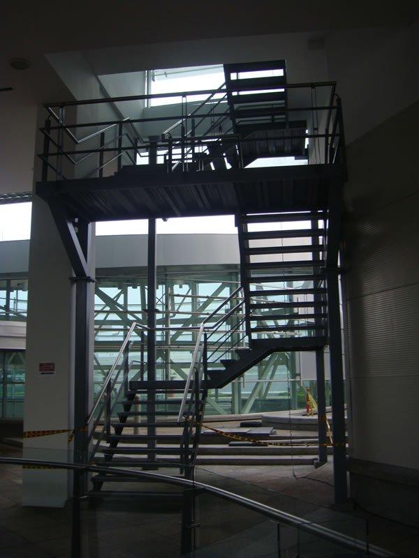 escaleras_metalicas